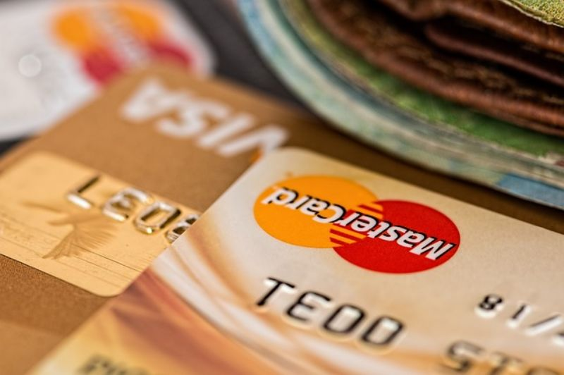credit-card-851502_640_800x532